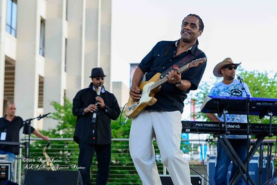 04-10-2016 - Kenny Neal & The Neal Family - Tribute to Raful Neal - Baton Rouge Blues Festival #20