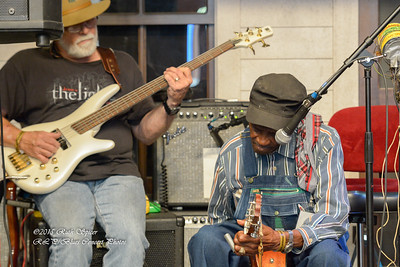 10-09-2015 - L  C  Ulmer - The Front Porch - KBBF #4