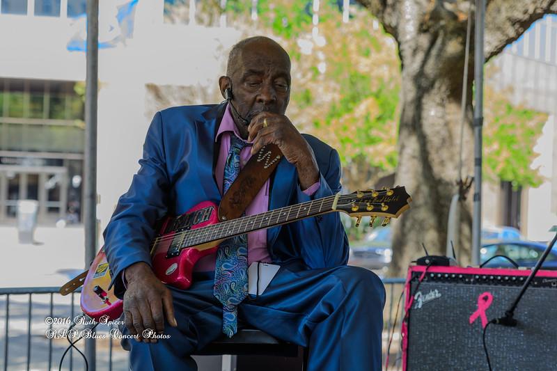04-10-2016 - Leo Bud Welch - Baton Rouge Blues Festival #2
