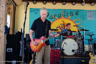 03-26-2017 - Lil' Ed & The Blues Imperials - Paradise Bar & Grill #4