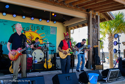 03-26-2017 - Lil' Ed & The Blues Imperials - Paradise Bar & Grill #29