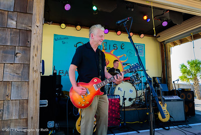 03-26-2017 - Lil' Ed & The Blues Imperials - Paradise Bar & Grill #25