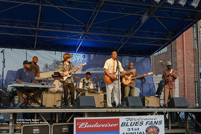 10-07-2016 - Lonnie Shields Band - King Biscuit Blues Festival #11