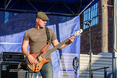 10-08-2016 - Mac Arnold & Plate Full O' Blues - King Biscuit Blues Festival #13