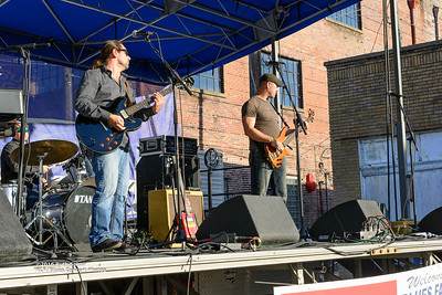 10-08-2016 - Mac Arnold & Plate Full O' Blues - King Biscuit Blues Festival #5