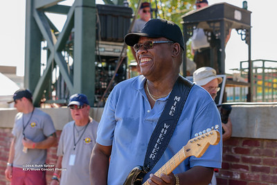 10-07-2016 - Mike Wheeler Band - King Biscuit Blues Festival #44