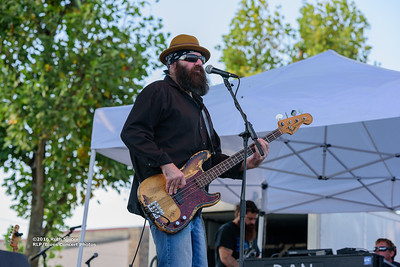 10-07-2016 - Mike Zito & The Wheel - King Biscuit Blues Festival #43