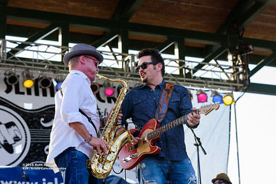 10-07-2016 - Mike Zito & The Wheel - King Biscuit Blues Festival #17