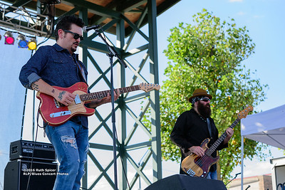 10-07-2016 - Mike Zito & The Wheel - King Biscuit Blues Festival #41