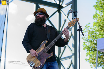 10-07-2016 - Mike Zito & The Wheel - King Biscuit Blues Festival #20
