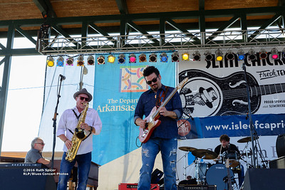10-07-2016 - Mike Zito & The Wheel - King Biscuit Blues Festival #9