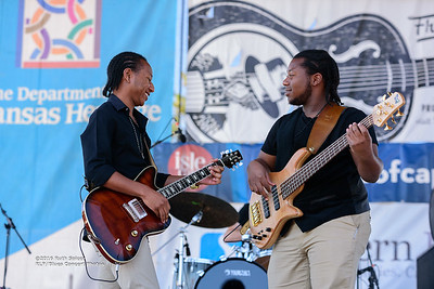 10-08-2016 - Peterson Brothers - King Biscuit Blues Festival #27