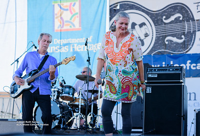 10-06-2016 - Reba Russell - King Biscuit Blues Festival #8