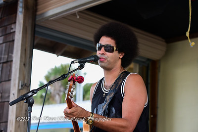07-08-2015 - Selwyn Birchwood Band - Paradise Bar & Grill #20