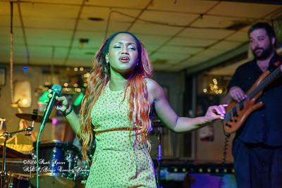 07-15-2016 - Southern Avenue - Blues Tavern #7