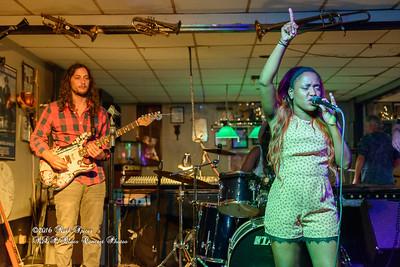07-15-2016 - Southern Avenue - Blues Tavern #8