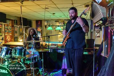 07-15-2016 - Southern Avenue - Blues Tavern #15