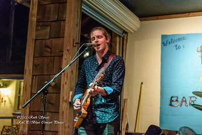12-01-2015 - Victor Wainwright & The Wildroots - Paradise Bar & Grill #6