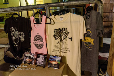 12-01-2015 - Victor Wainwright & The Wildroots - Merchandise - Paradise Bar & Grill #2