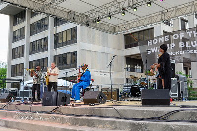 04-09-2016 - Walter Wolfman Washington & The Roadmasters - Baton Rouge Blues Festival #6