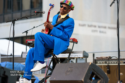 04-09-2016 - Walter Wolfman Washington & The Roadmasters - Baton Rouge Blues Festival #25