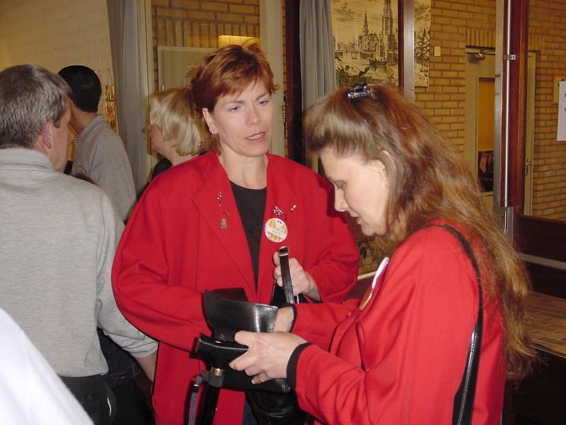 2002-0420-15jrbarbershop--109
