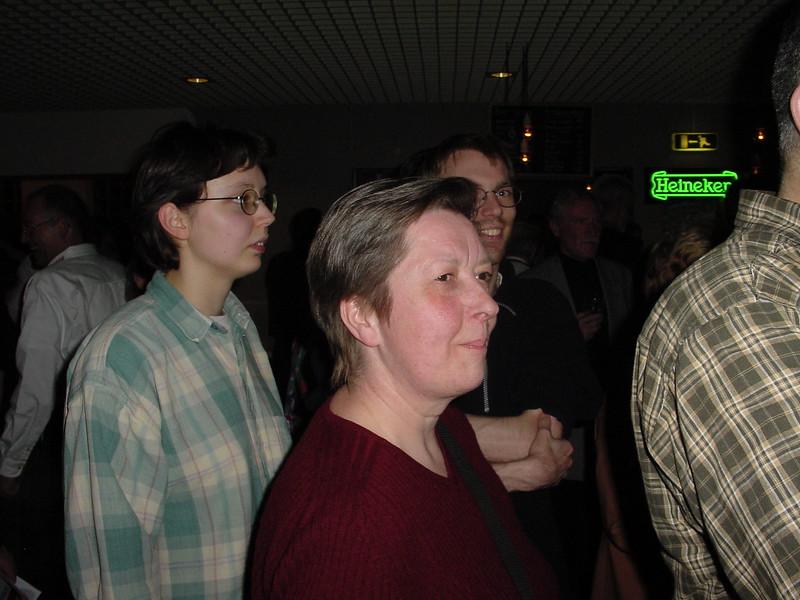 2002-0420-15jrbarbershop--84