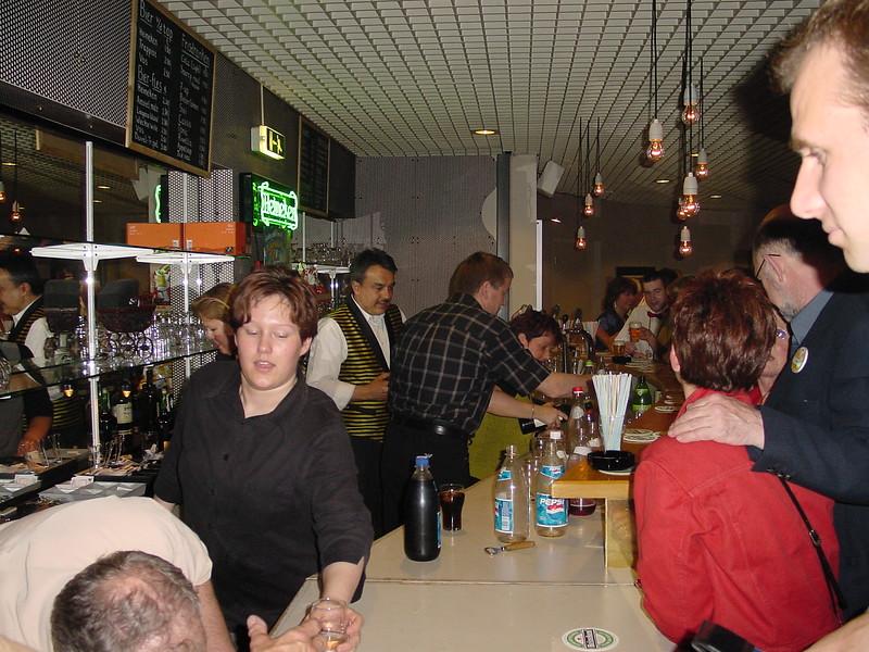 2002-0420-15jrbarbershop--99