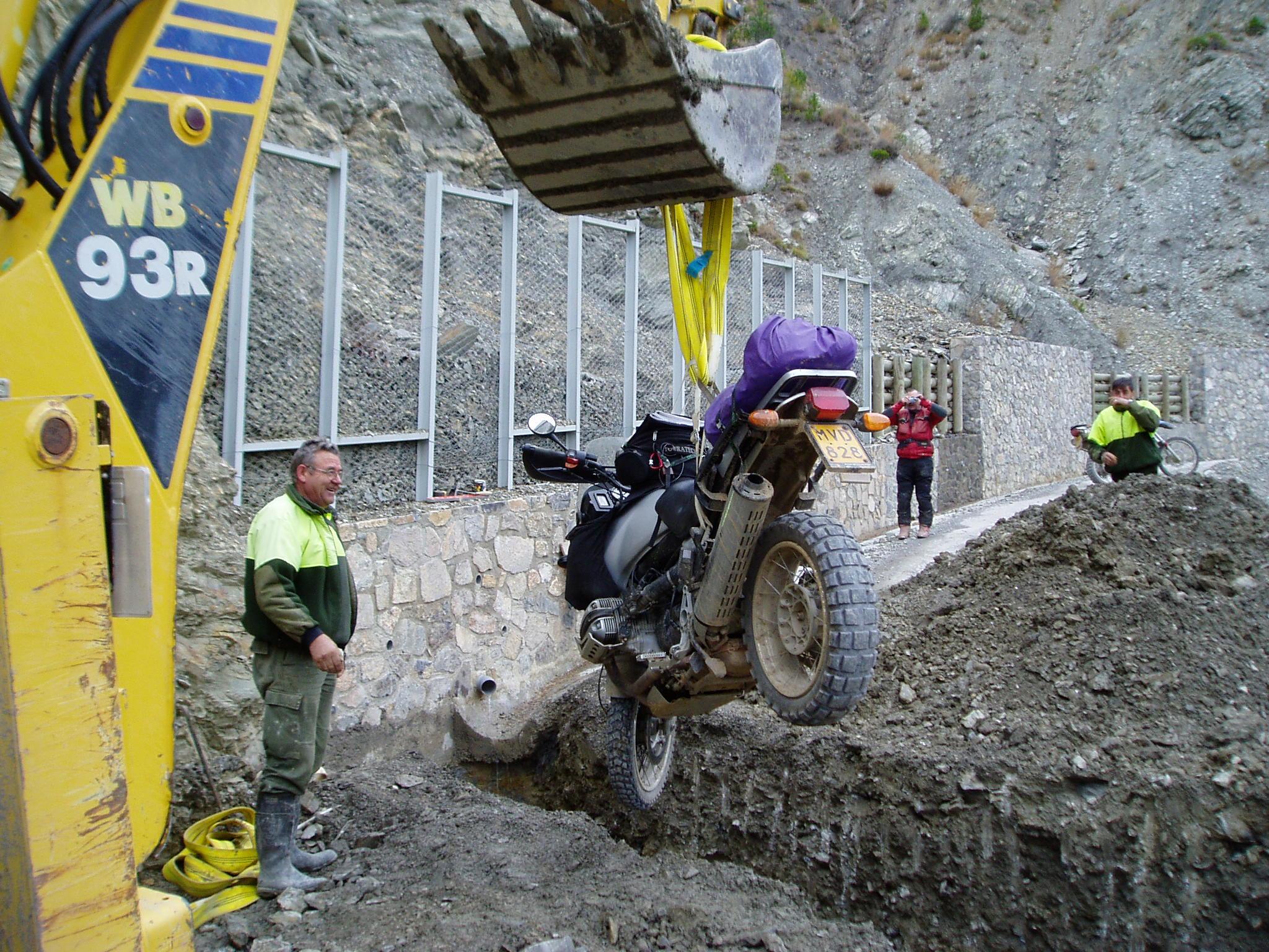 Yep, 1 x  mechanische hulp ingeroepen. Pyreneeen 2005