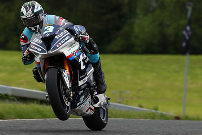 Photo Set - Top-four lock-out and one-two finish for BMW Road Racers at the North West 200.