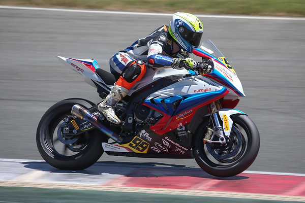 Victories for BMW racers Carmelo Morales and Federico D'Annunzio in Spain and Italy.