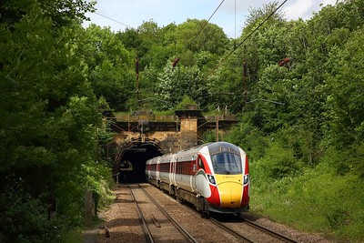 800108 powering the 1E13 1130 Edinburgh to London Kings Cross exiting Welwyn North tunnel on the 19 June 2020, LNER, Class800, ECML