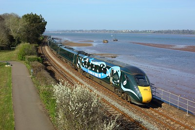 802020 leads 802006 on the 1C45 1328 London Paddington to Penzance at Starcross on 4 April 2021  GWR, NHS, Class802, SouthDevonMainline
