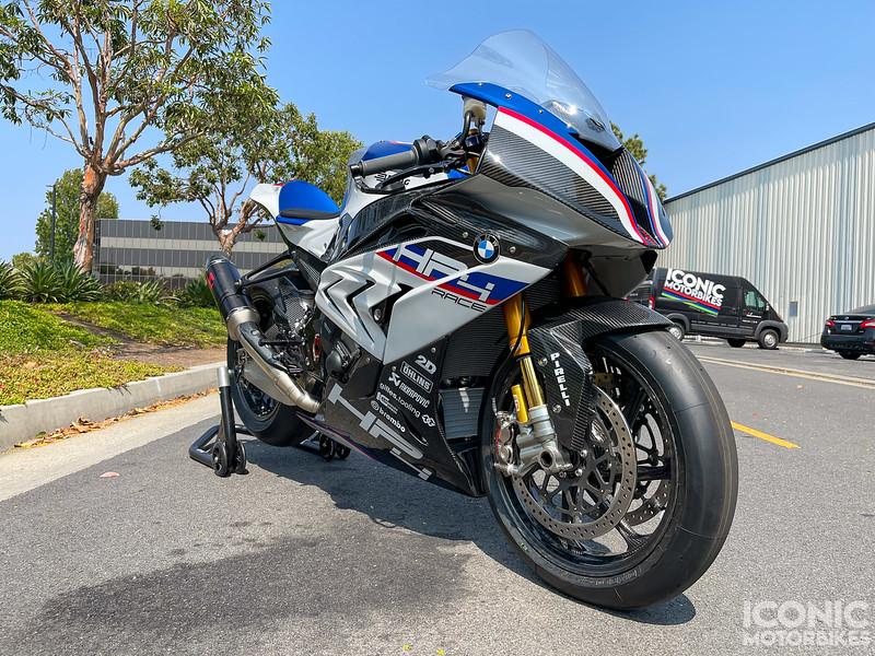 BMW HP4 Race -  (1)