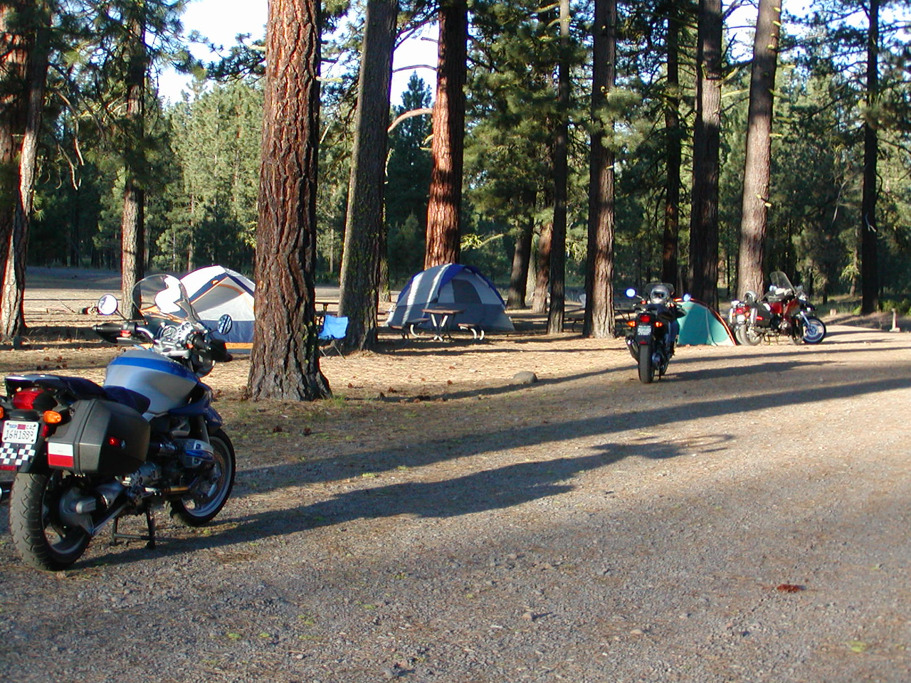Early arrivals at the Hat Creek Campground