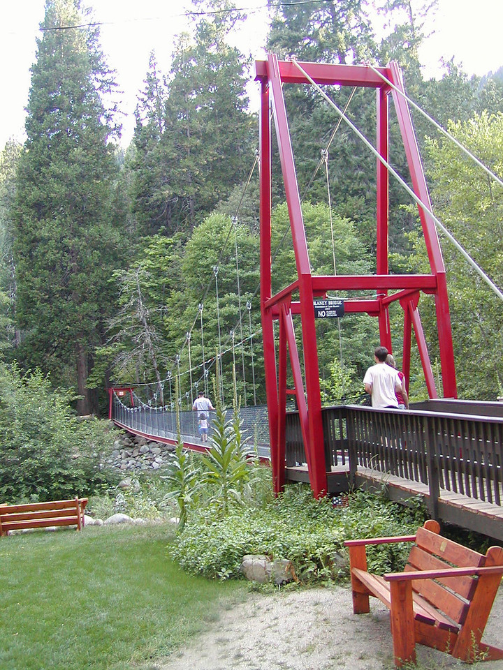 Footbridge at Stony Creek Resort - Nice place