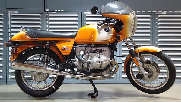 R90S Daytona Orange