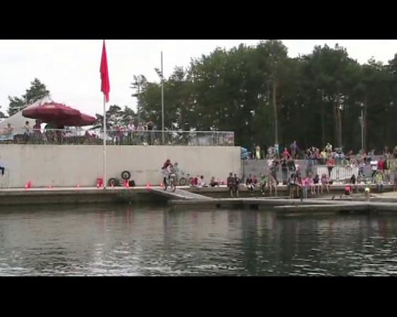 BMX Jump Zilvermeer Mol 06-08-2011