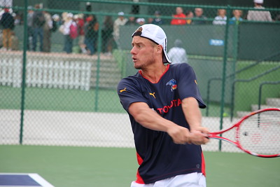 Hewitt backhand return