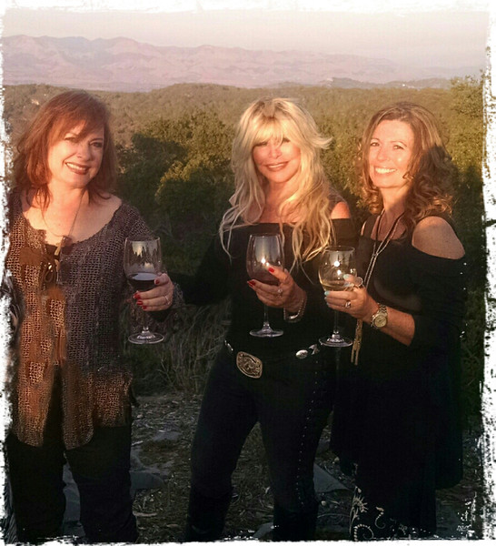 THE SISTAHS ~ OUR SASSY BETSY FROM NASHVILLE XOXO
