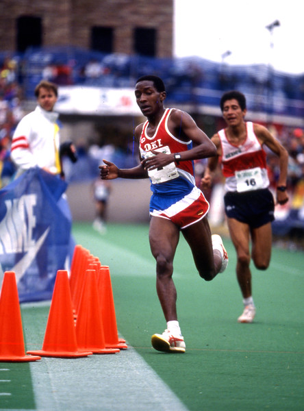 Josephat Machuka, winner of the 1995 Bolder Boulder nears the finish line.