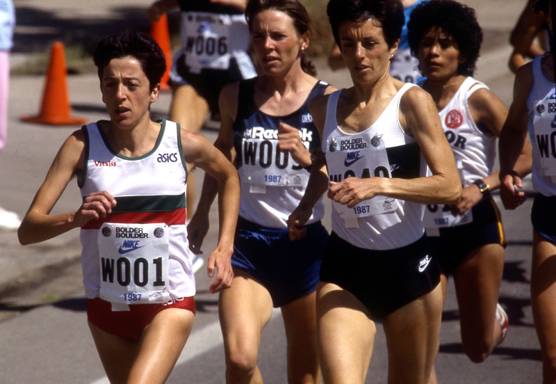 Rosa Mota battles the field of women runner during the 1987 Bolder Boulder. Mota lost the race to Nancy Tinari of Canada.