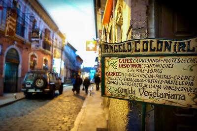 003 La Paz Bolivia © David Bickerstaff