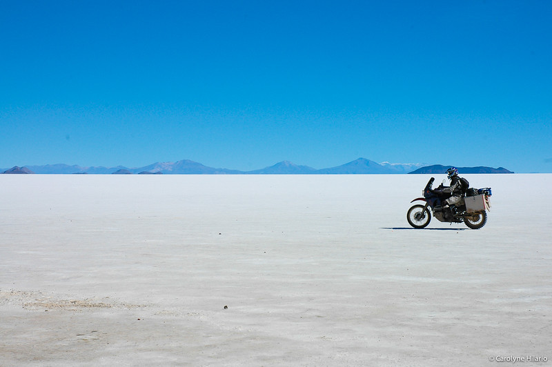Cruising Over Salt<br /> Salar de Uyuni