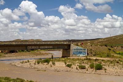 018 Road to Oruro Bolivia © David Bickerstaff