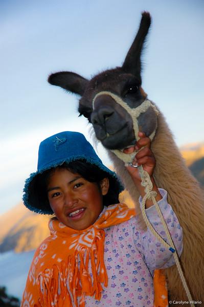 Girl & Her Llama<br /> Isla del Sol