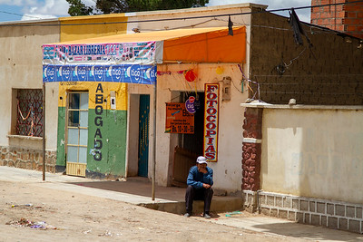 027 Road to Oruro Bolivia © David Bickerstaff