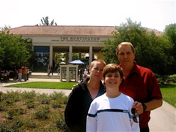 Family trip to the Huntington Memorial Library in San Marino on Wednesday, April 11, 2007 with the family