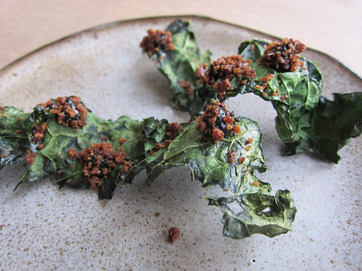 Kale chip with black truffle and rye