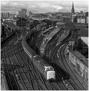 """55009 """"Alycidon"""" at the High Level Bridge Junction on the 0550 Kings Cross-Aberdeen.  September 1980"""